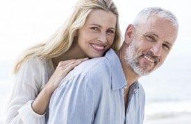 estética con implantes dentales
